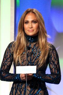 Jennifer Lopez responde a las críticas por las bajas ventas de su disco A.K.A